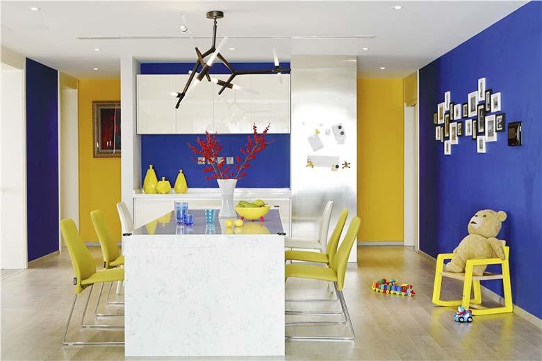 现代风格四居室餐桌效果图