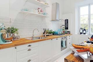 北欧风格厨房设计构造图