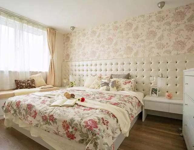 乡村两居室卧室布置图