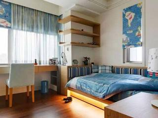 卧室布艺窗帘装修布置图