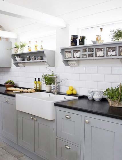 冷色系厨房该设计平面图