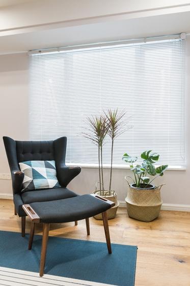 130平现代北欧风格装修单人沙发图片