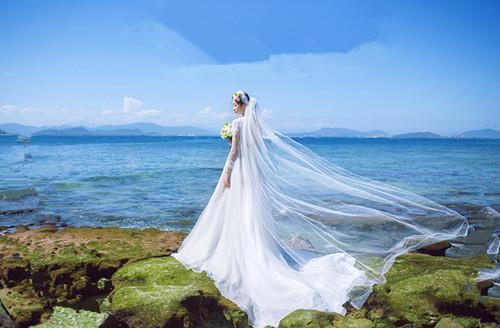 三亚婚纱照推荐 海边拍摄婚纱照需要做好这五种准备