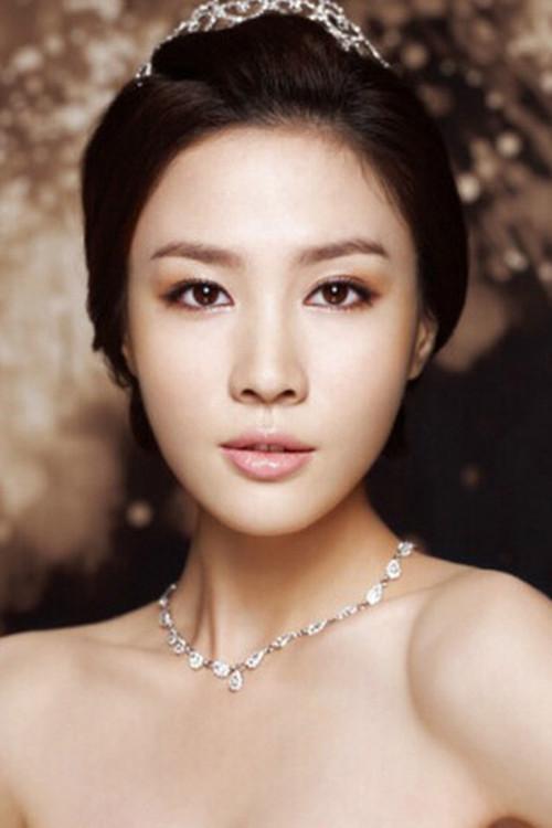 韩式妆容图片 韩式新娘妆面特点描述图片