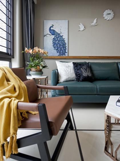 120平复式房装修单人沙发图片