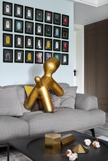 130平简约风格装修沙发背景墙