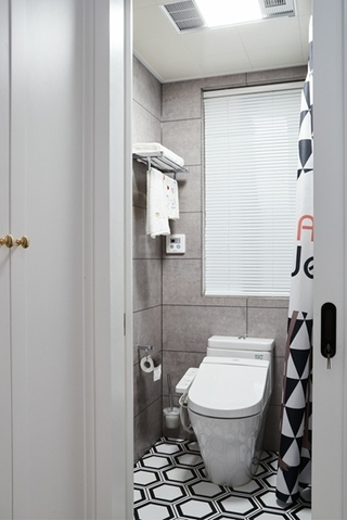 80平小户型装修卫生间效果图