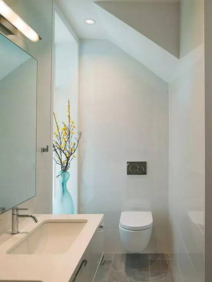 阁楼小户型卫生间图片