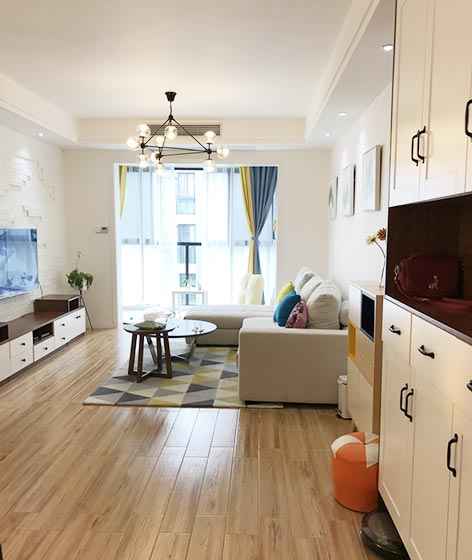 现代简约风格客厅设计摆放图