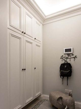 89平美式风格装修整体衣柜图片