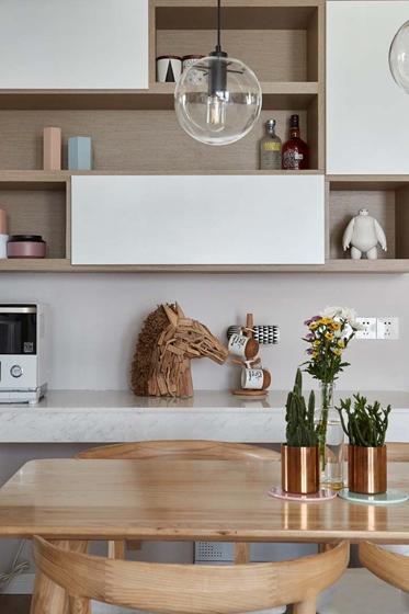 北欧风格三居室装修餐边柜