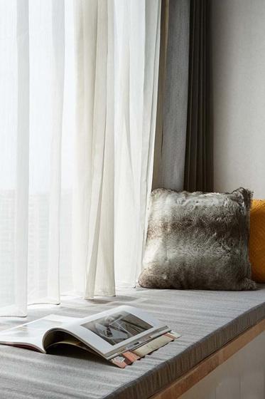 简约质感三居室装修飘窗效果图