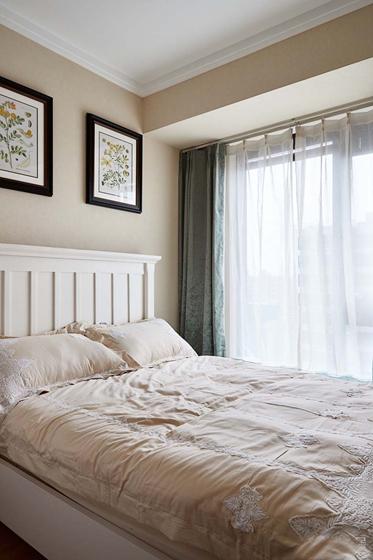 简约质感三居室装修小卧室窗帘