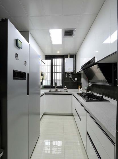 90平混搭风格装修厨房效果图