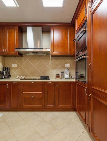170平大户型装修厨房效果图
