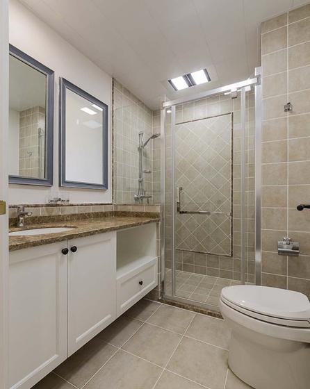 120平美式风格装修卫生间图片