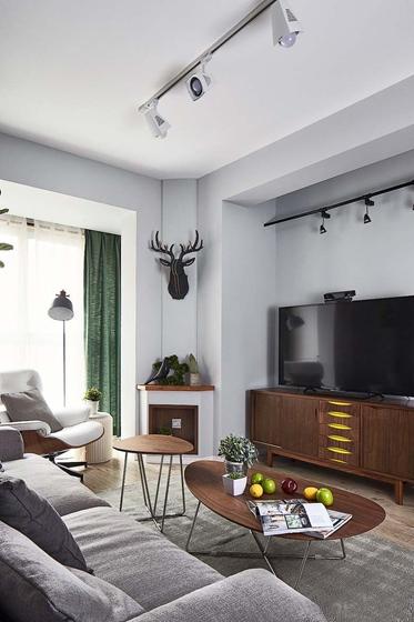 北欧风格三居室装修客厅电视柜