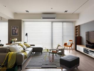北欧风格三居室装修客厅落地窗