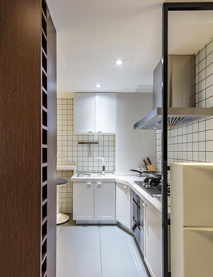 83㎡现代风三居室厨房平面图