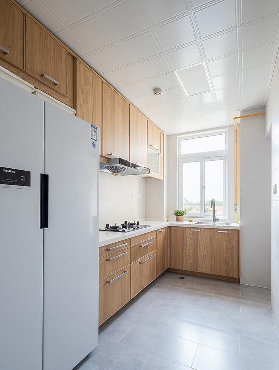 日式风格三居室装修厨房效果图