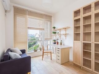 日式风格三居室装修书房效果图