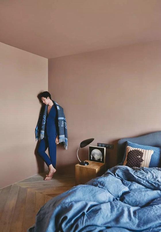 工业风格公寓装修卧室效果图
