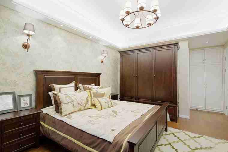 90平美式风格装修卧室效果图