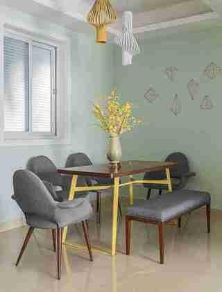 温润如玉的三居室装修餐厅效果图