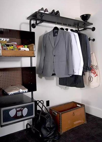 收纳型家具衣柜装饰图