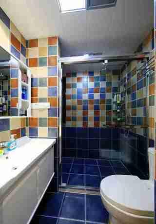 100平两居室装修卫生间装潢图