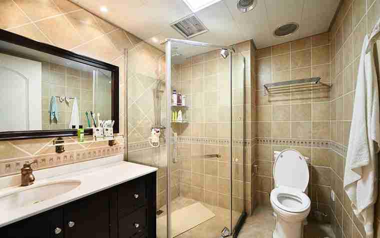 蓝调两居室装修卫生间效果图