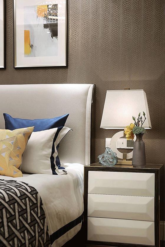 90平法式样板房装修床头柜图片