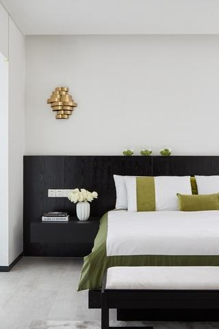 清新简约三居室卧室壁灯