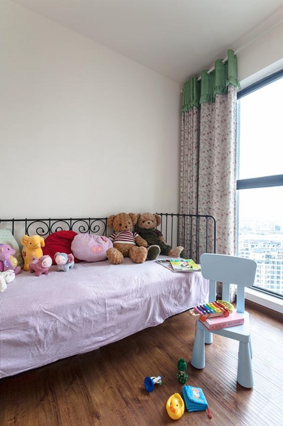 80平两居室装修儿童房效果图