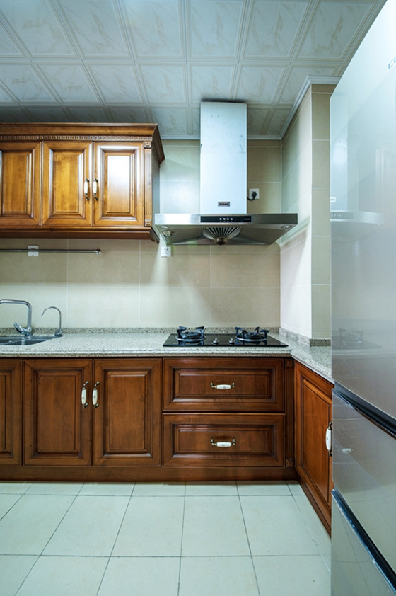 80平两居室装修厨房效果图