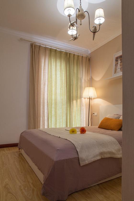 60平小两室装修卧室效果图