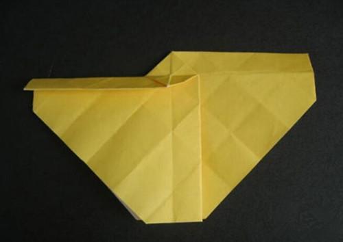 用纸折玫瑰花步骤详解 怎样用纸折玫瑰花俘获她的心