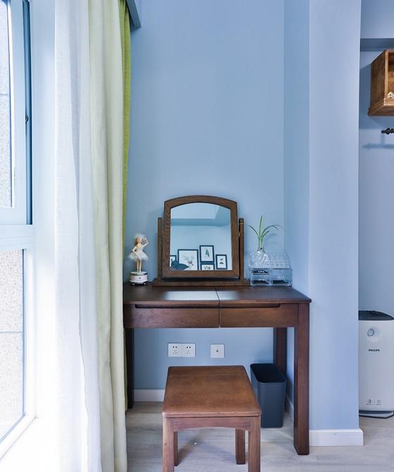 90平蓝调小户型梳妆台装潢图