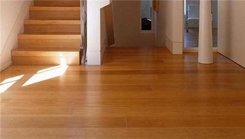 地板打蜡多少钱?需要注意哪些事项?
