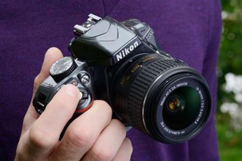 尼康单反相机怎么拍照 尼康单反相机拍摄技巧