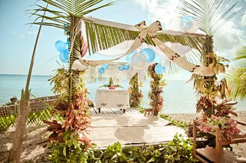 这样布置海滩婚礼, 让你拥有一场个性创意的婚礼!