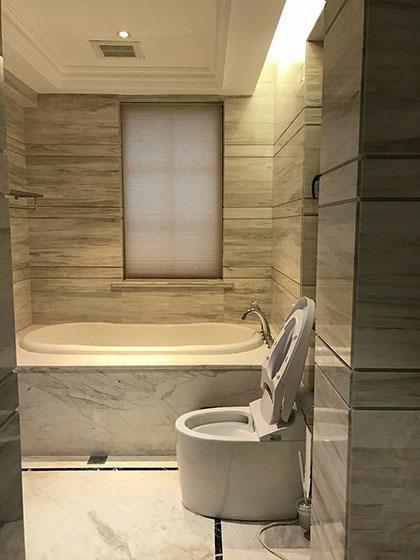 雅致美式风格装修卫浴间效果图