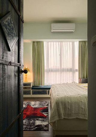 86㎡田园两居室卧室木门欣赏图