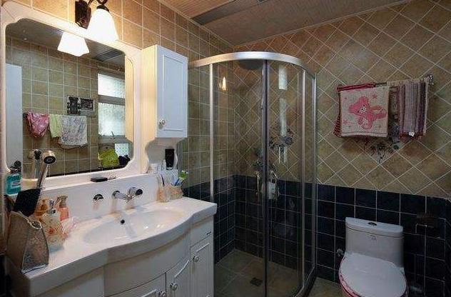 卫生间灯具安装什么样的好呢?这样选美观又实用!