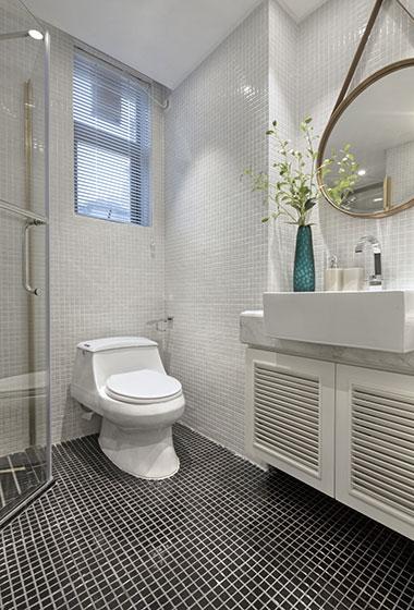 简约大气样板房装修卫浴间效果图