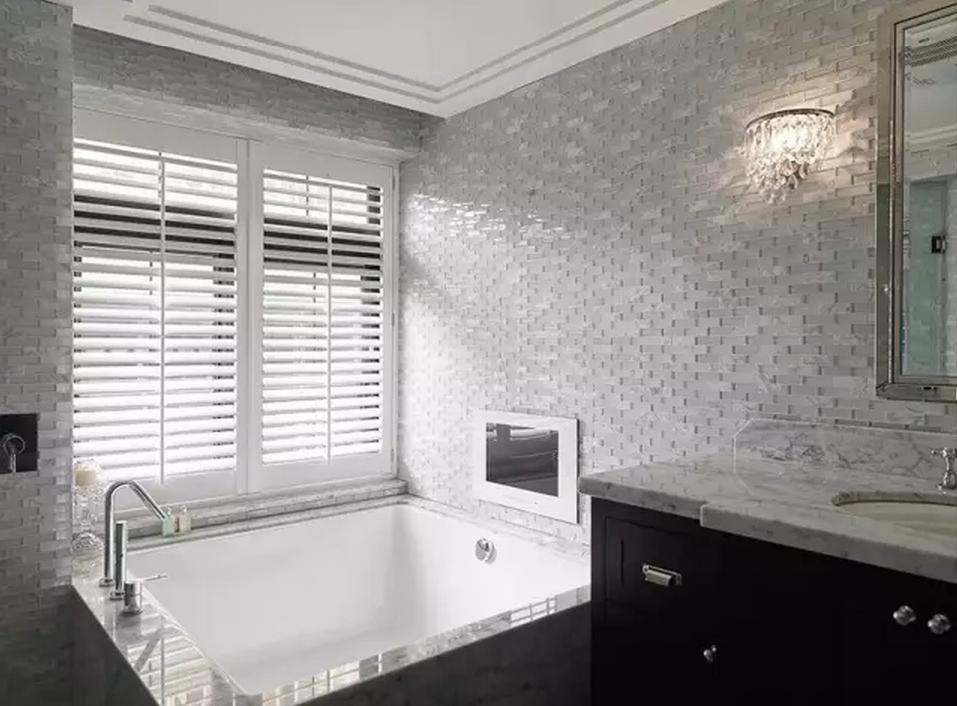 浴室的百叶窗,处处充满美式格调.图片