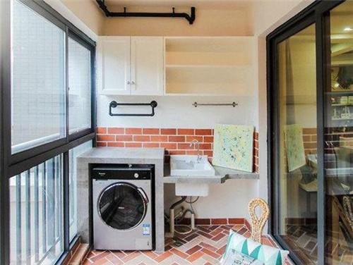 阳台洗衣机装修效果图 两室两厅一厨一卫一阳台装修案例