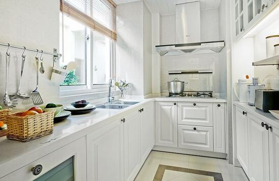 长方形厨房如何设计?长方形厨房装修效果图
