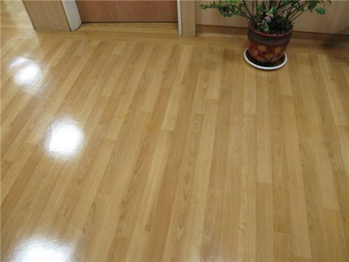 什么是塑胶地板 让家居更加自然环保的地板