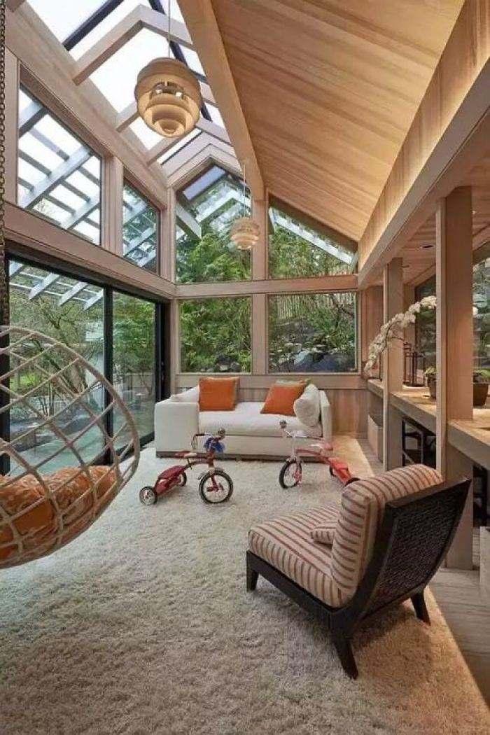 可以选择轻型木结构房顶:省时,环保隔热性超强.